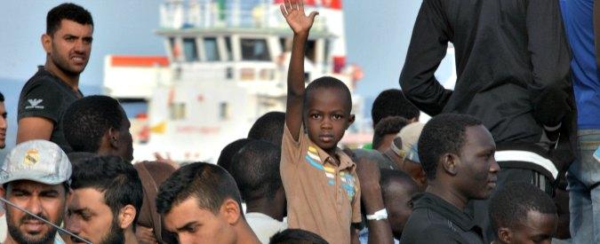 """Migranti, quattro motivi per cui """"Aiutiamoli a casa loro"""" è una balla spaziale"""""""
