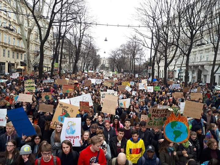 CLIMA, HO PARTECIPATO ALLA MANIFESTAZIONE DI MILANO.E NE SONO RIMASTO IMPRESSIONATO.